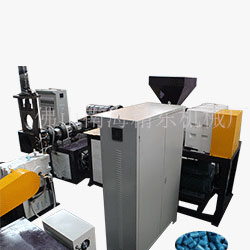 广西南宁潘先生双螺杆塑料颗粒机试机生产视频