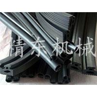PVC膠條擠出機 密封條生產線視頻